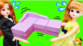リカちゃん おもちゃ おうちの引っ越し★ キッチン ベッド 洋服などをアンパンマントラックで運ぶよ! 友達を呼んで新しい家でパーティー♪ はるとくん 人形 アニメ ここなっちゃん thumbnail