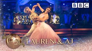 Baixar Lauren Steadman & AJ Pritchard dance the Waltz to I'm Kissing You by Des'ree - BBC Strictly 2018