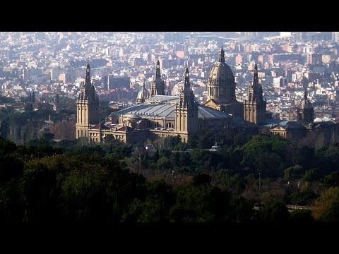 Top 8 Neighborhoods to Visit | Barcelona Travel