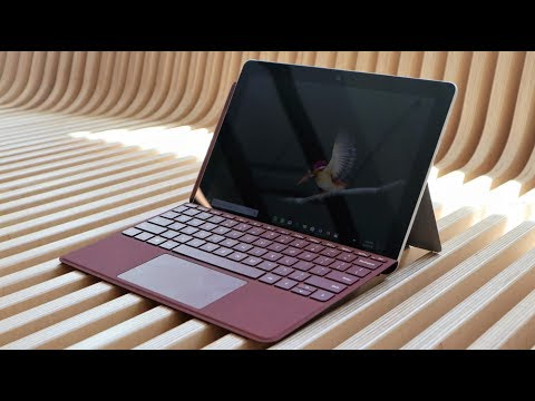 Hands On: Microsoft's Surface Go