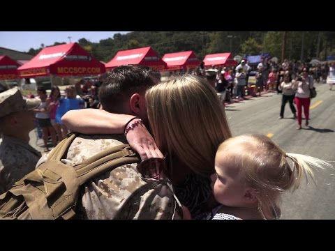 Soldiers Coming Home Surprise Compilation 24