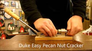 Duke Easy Pecan Nut Cracker