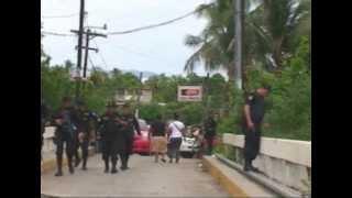 Enfrentamiento Armado en Zacapa, deja dos capturados, armas incautadas y vehículos abandonados.