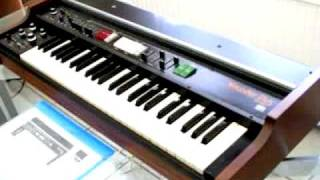 "Pluton and Humanoids: ""World Invaders"" / Roland VP-330 Vocoder Pluse (Mk1 or 2?)"