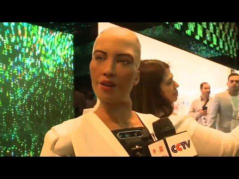 شاهد: الروبوت السعودي صوفيا في حوار مع صحفي في معرض جايتكس بدبي …  - نشر قبل 3 ساعة