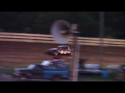 Hummingbird Speedway (8-26-17): Aaron's of DuBois Front-Wheel Drive Four-Cylinder Heat Race #2