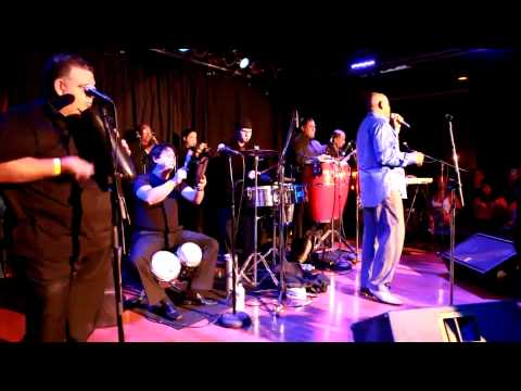 THE SALSA ROOM - Oscar D'Leon Live In Concert