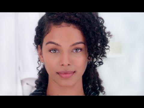 How to look good WITHOUT Makeup + Get a REALISTIC No Makeup, Makeup Look thumbnail