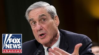 mueller-recommending-indictments-hands-report-doj