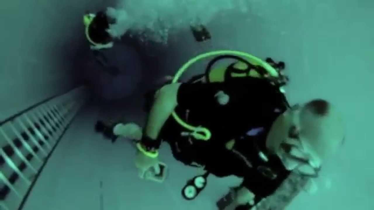 La piscina m s profunda del mundo miratelo en hd youtube for Piscina mas profunda del mundo