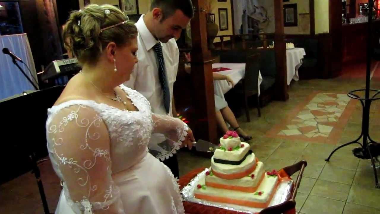esküvői torta készítés Zsuzsi és Péter, esküvői torta   YouTube esküvői torta készítés