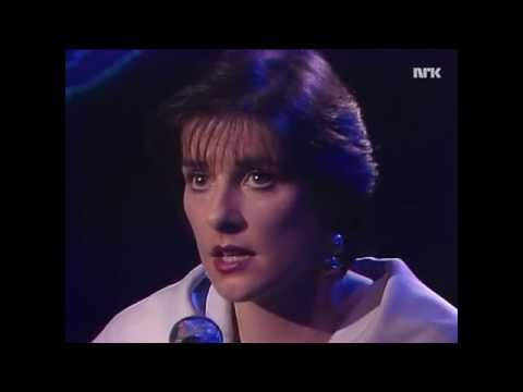 Enya - Evening Falls (TopPop '89)