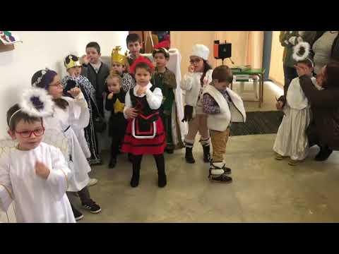 Alumnos de Miño felicitan las fiestas en lengua de signos