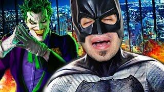BATMAN (in pensione) E' IL SUPEREROE PIU' INUTILE DEL MONDO!!