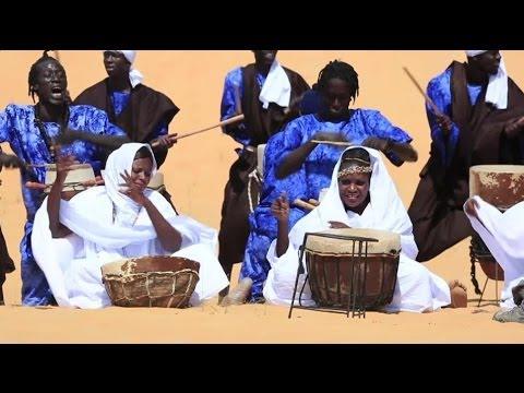 SAHEL MUSIC FESTIVAL IN THE DESERT - BBC NEWS
