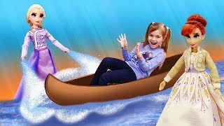 Новые игрушки Холодное Сердце 2 - Анна и Юля ищут Эльзу! - Куклы из мультфильмов девочкам