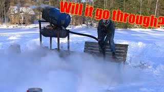 Video 200 Liters of Boiling Water Vs. Frozen Lake download MP3, 3GP, MP4, WEBM, AVI, FLV Maret 2018