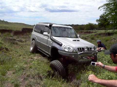 Hyundai Terracan En Cruce De Ejes Youtube