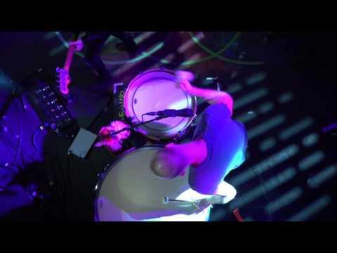 Coldplay - Viva la Vida (NME Awards 2016)