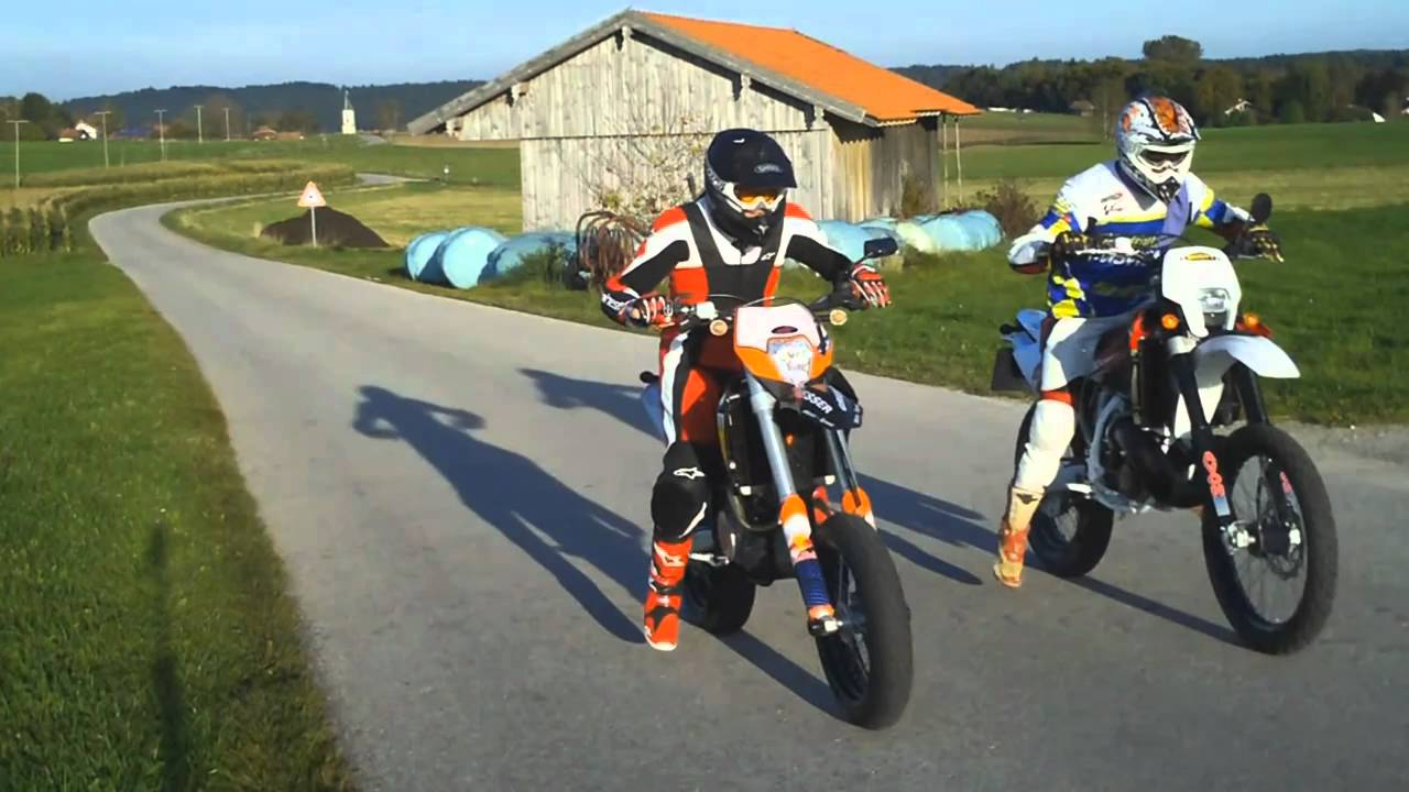 husqvarna vs ktm / supermoto duell / motorcycle - youtube