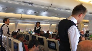 Gambar cover Turkish Airlines Airbus A330-300 Economy Class Flight Istanbul to Amsterdam