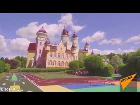 Самый настоящий замок построили для детей в Подмосковье