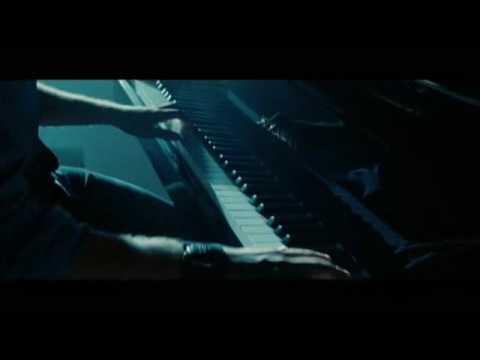 Twilight New Moon Edward Cullen plays Bellas Lulla Piano