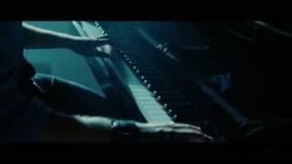 Twilight New Moon Edward Cullen plays Bella