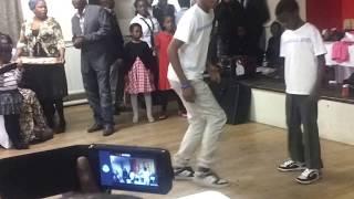 Imbongolo boys dancing,Khumbulani skuza ushakanetsa