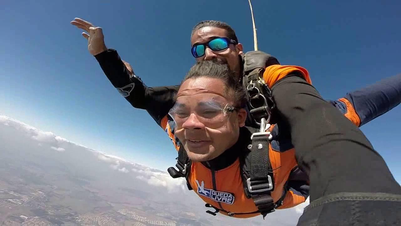 Salto de Paraqueda do Vandercelio na Queda Livre Paraquedismo 31 07 2016