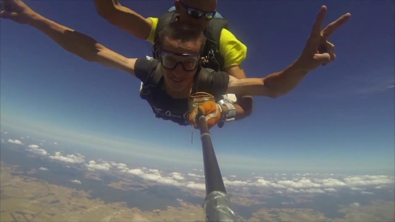 saut en parachute yt