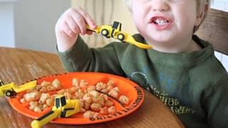 Constructive Eating Dinnerware