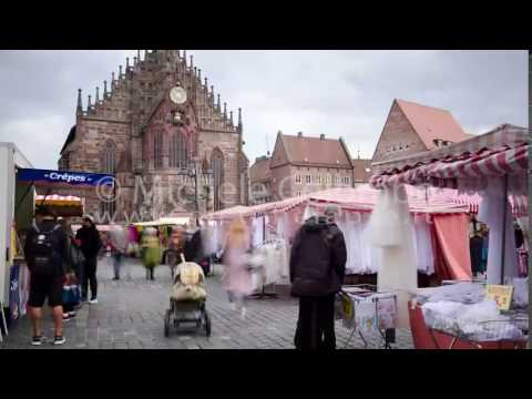 0050 - time lapse - People in the market in Nurberg - 4K
