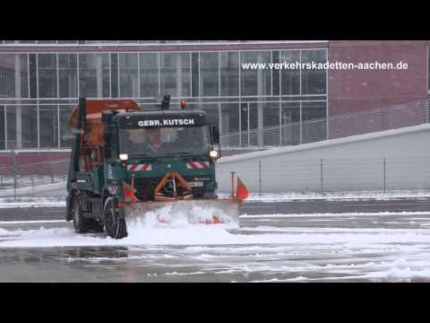 Schnee ... Eis ... 3 Punkte ... Verkehrskadetten im Tivoli Einsatz...