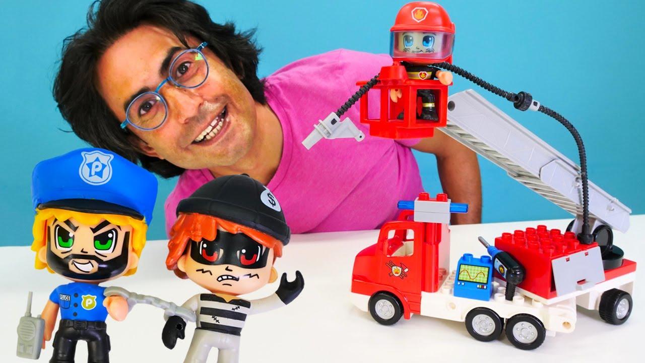 Pinypon yeni oyuncak açıyoruz! Oyuncak arabalar. İtfaiyeci yangını söndürmeye çıkıyor!
