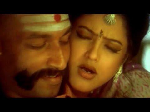 Charachara Paakindi Video Song    Nijam Movie    Mahesh Babu, Rakshitha