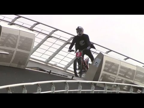 【Bike】Julien Dupont Vs The Gateshead Millennium Bridge