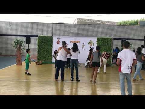 International Folklore - Bilingual Program Assú/RN