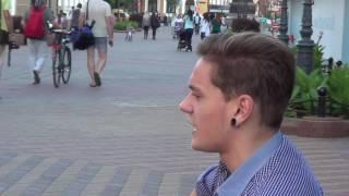 А эти ночи в Крыму теперь кому!!! - поет на улице Бреста молодой парень / Music on the street!!! 3