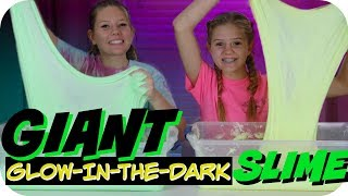 GIANT FLUFFY SLIME || GLOW IN THE DARK SLIME TUTORIAL || Taylor and Vanessa
