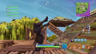 iTz GNik playing Fortnite Battle Royale on Xbox One