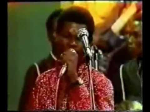 GWENN MUSIC\ZAIKO LANGA LANGA - KAMANZI (LIVE)
