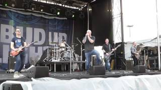 Evans Blue - Cold (But I'm Still Here) LIVE Fiesta Oyster Bake San Antonio 4/16/16