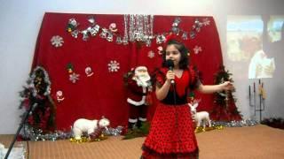 o fetita talentata la ani ei canta frumos Download