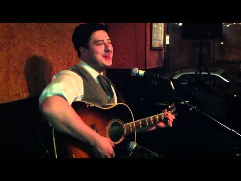 ‎Mumford and Sons lead singer Marcus Mumford live at Caffe Vivaldi, 1/10/12