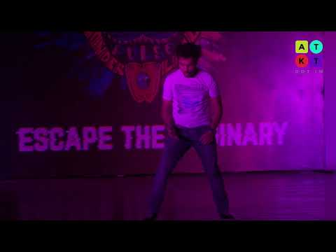 Kanpur Medical College Student's Robotic Dance | Pulse 2018
