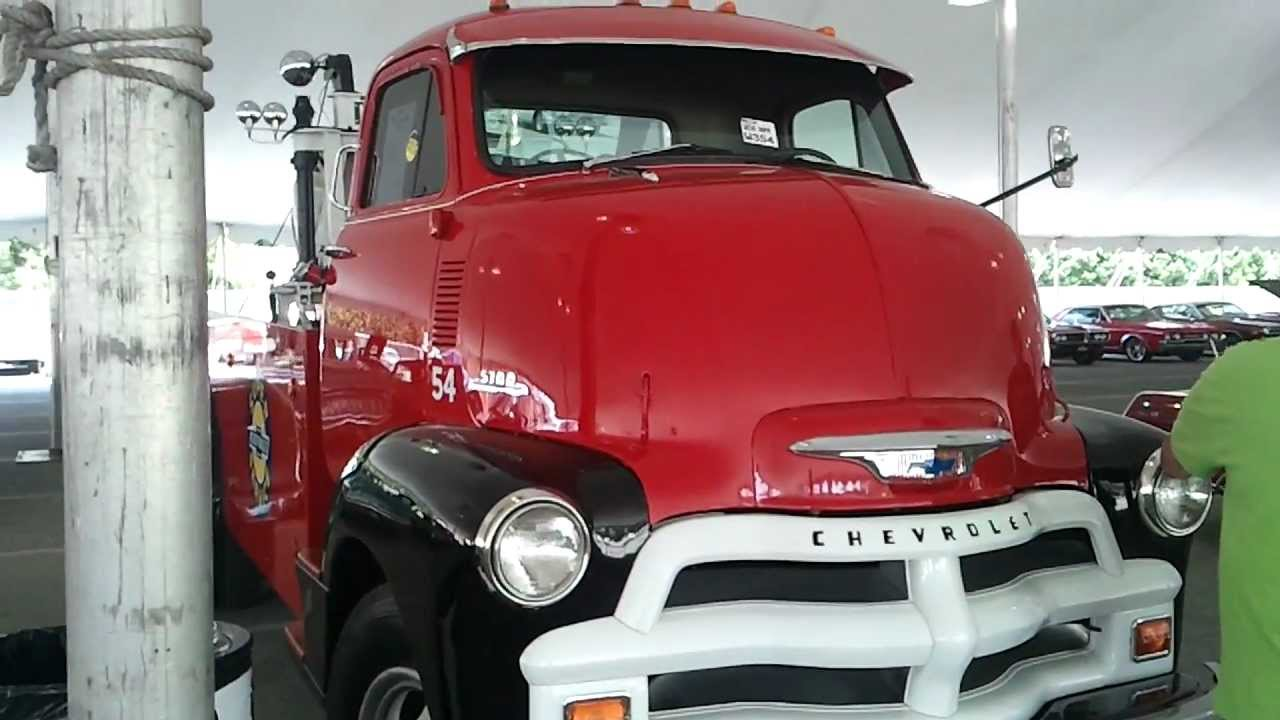 Chevrolet Coe Towing Truck Youtube 1942 Chevy