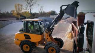 Volvo compact loaders L20F and L25F presentation