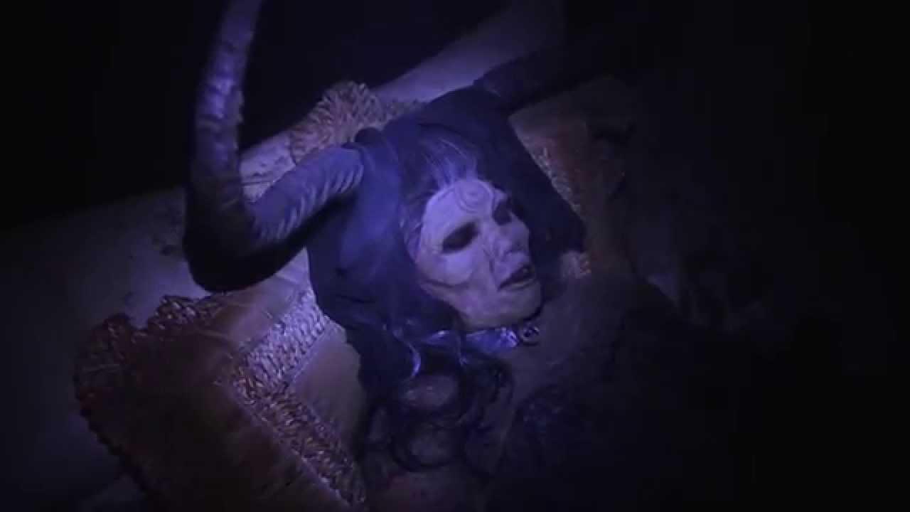Busch Gardens Howl O Scream 2015 Official Trailer - YouTube