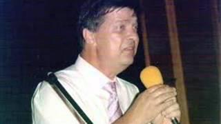 Download Esad Kovačević - Gdje si ti a gdje sam ja - 1989. MP3 song and Music Video